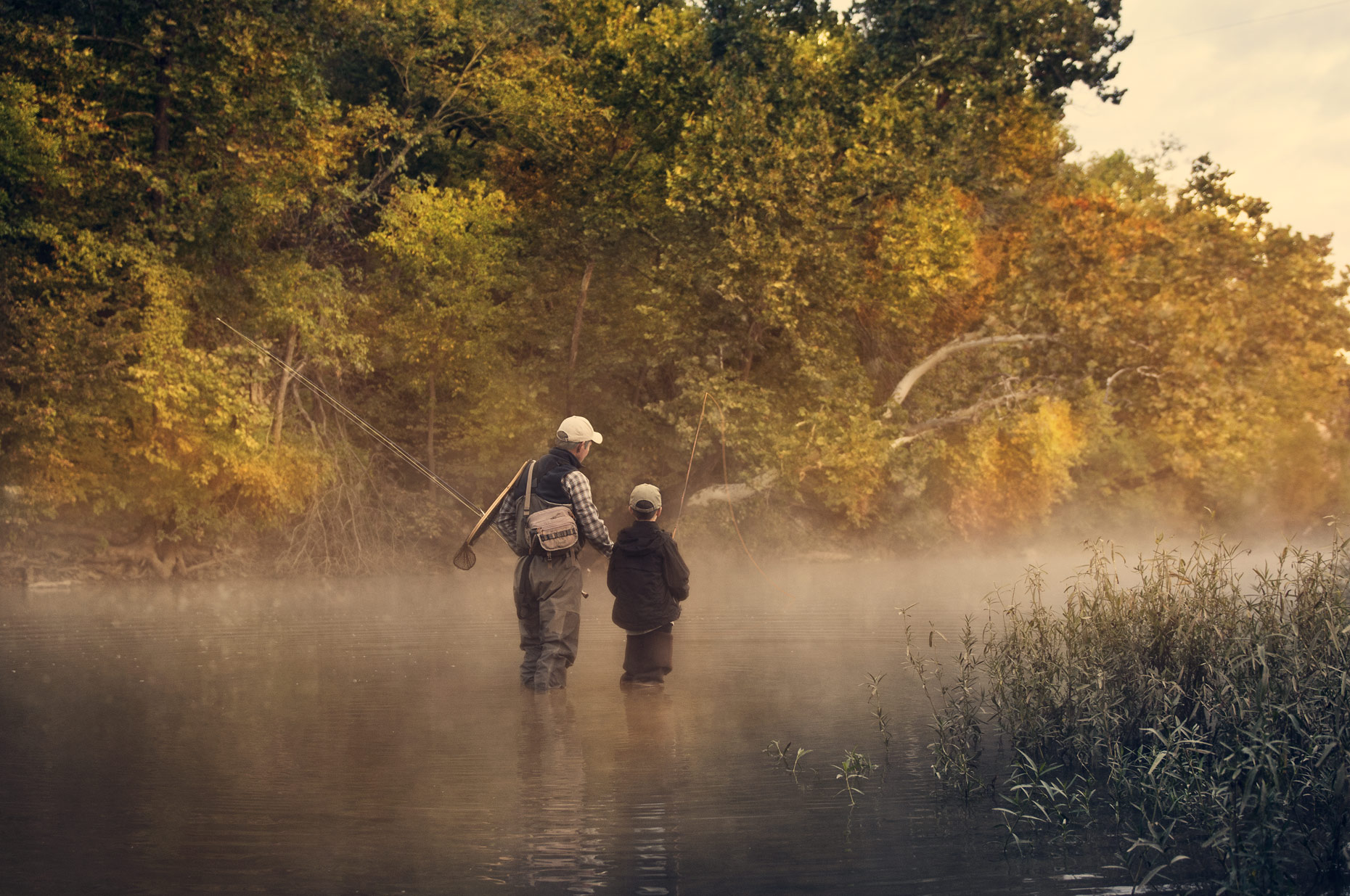 Campaign-father-son-fly-fishing