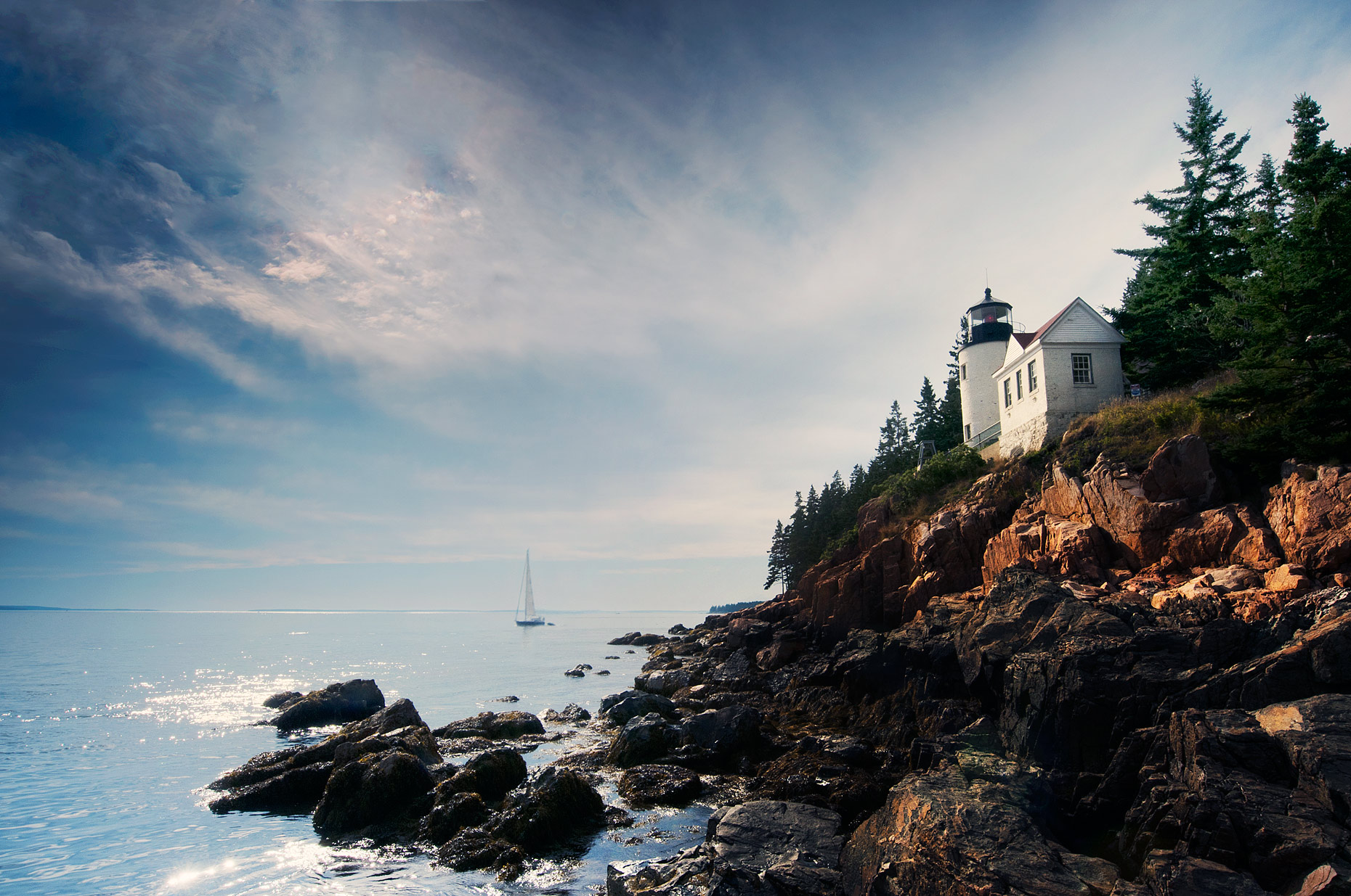 Places-Maine-Bass-Harbor-Head-Lighthouse